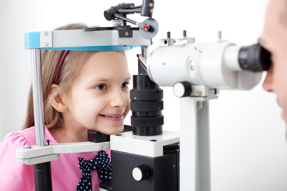 סימנים לבעיות ראייה אצל תינוקות וילדים